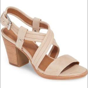 Frye Dani Criss Cross Cream Sandal Size 10